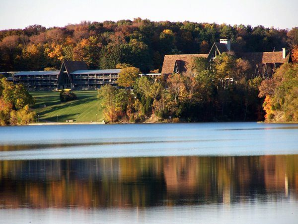 Celebrate Thanksgiving Dinner at an Ohio State Park Lodge