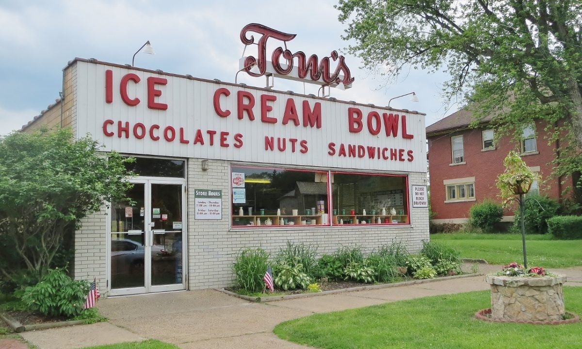 Here's the Scoop on Tom's Ice Cream Bowl