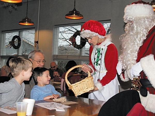 Top 5 Breakfasts With Santa
