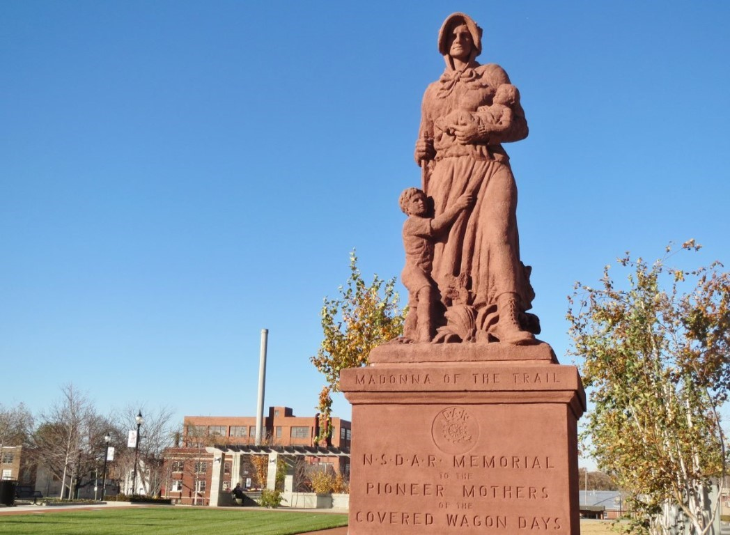 The Original Pioneer Woman: Springfield's Inspiring Madonna of the Trail Statue