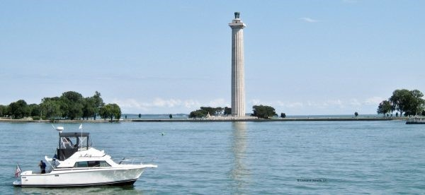 Perry's Memorial: Iconic Lake Erie Landmark