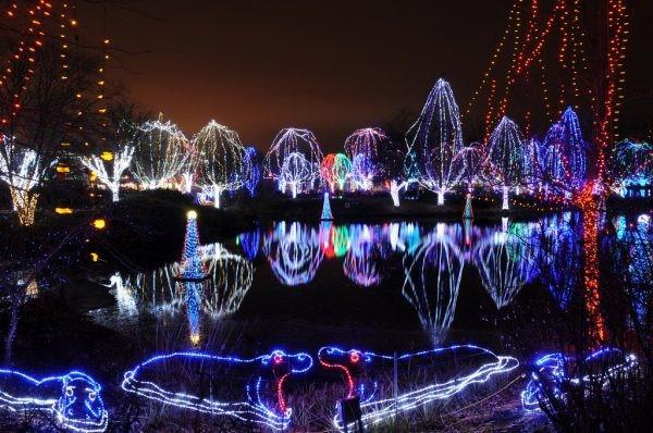 A Tradition of Lights at Ohio's Zoos