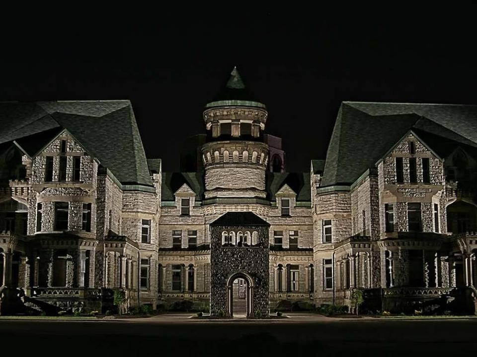 Haunted Getaways for Fall
