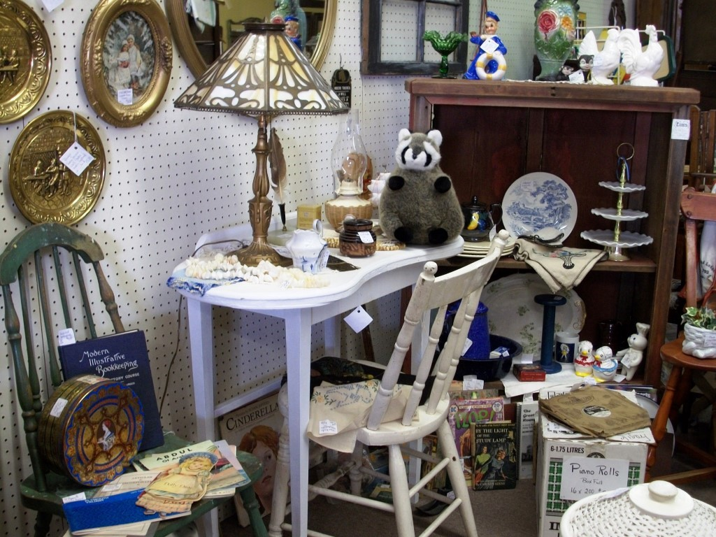 Country Collections Antique Mall
