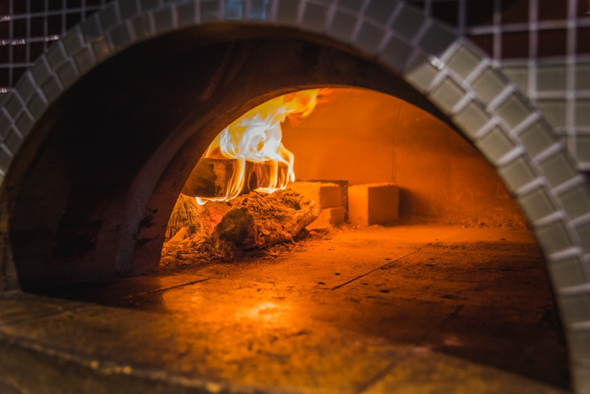 Elliot's Wood Fired Kitchen & Tap