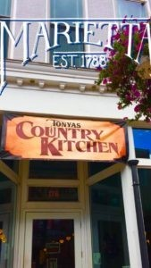Tonya's County Kitchen
