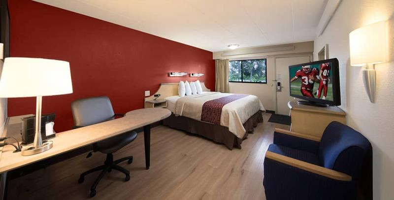 Red Roof Inn Cincinnati Northeast – Blue Ash