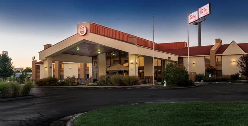 Red Roof Inn & Suites Cincinnati North – Mason