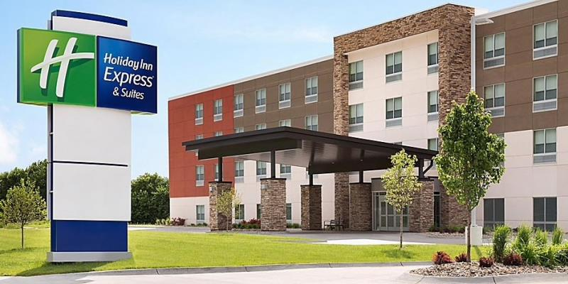 Holiday Inn Express & Suites, Madison Ohio