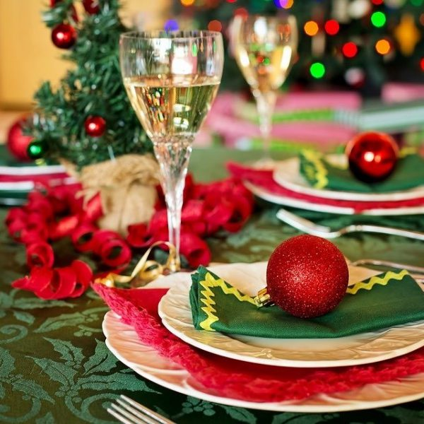 Celebrate Christmas by Dining Out